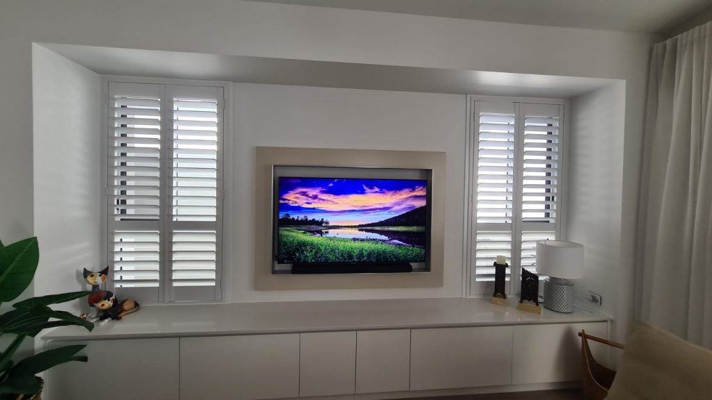 picture frame tv mounting